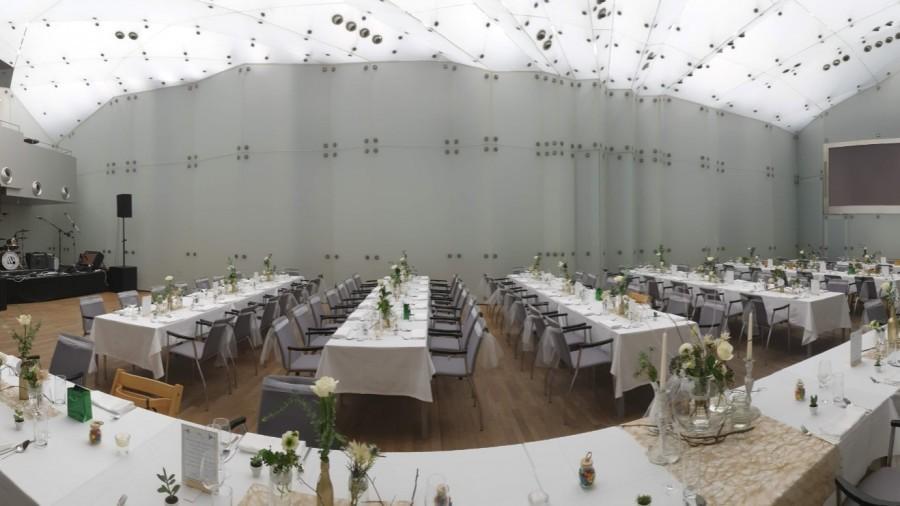 Kristallsaal_Hochzeitsfeier.jpg