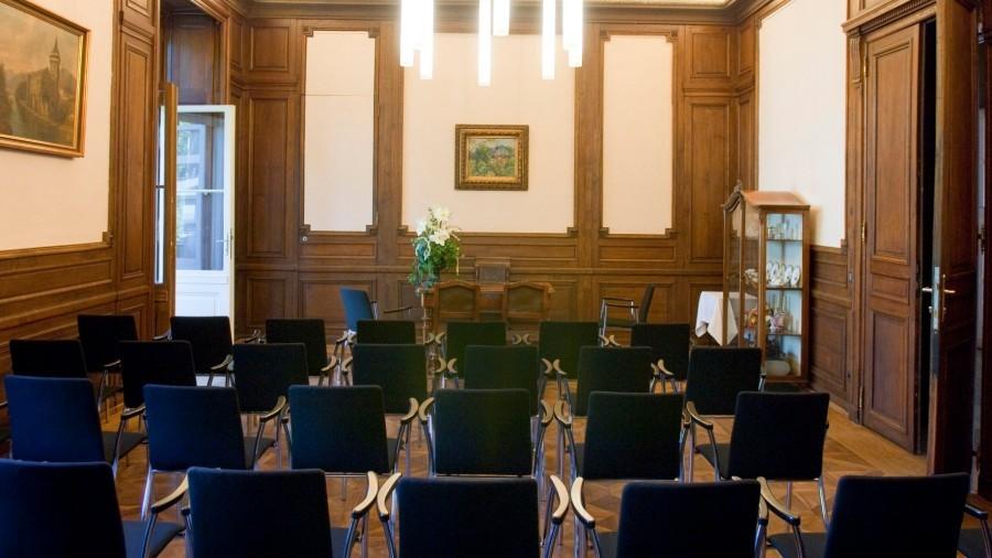 Trauungsraum_Salon_Albert_Hochzeit.jpg