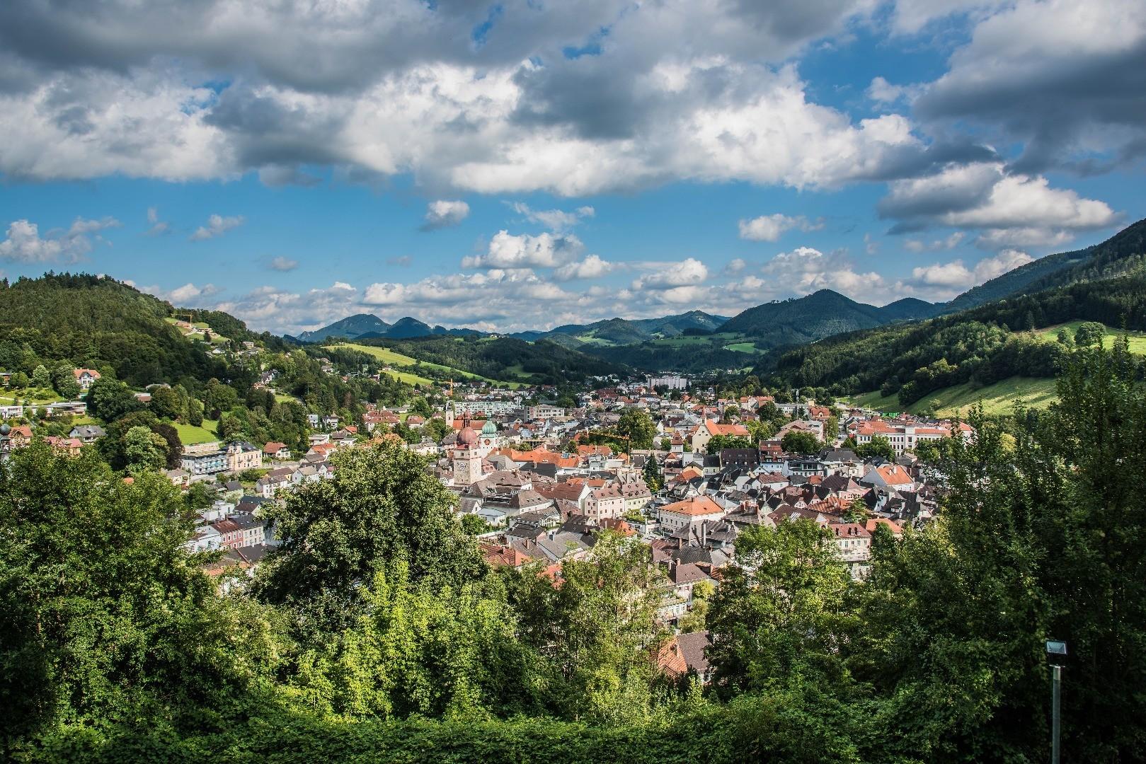 Stadt_Waidhofen_bewölkt.jpg