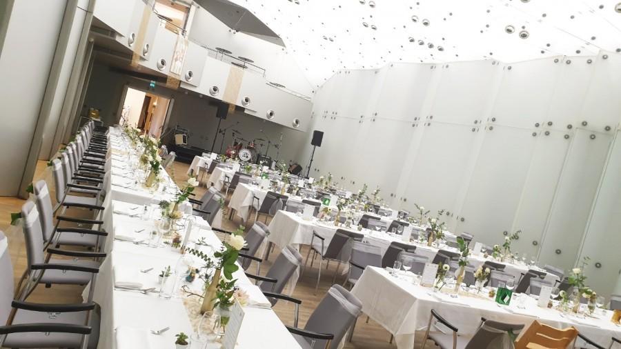 Hochzeitsfeier_Kristallsaal.jpg