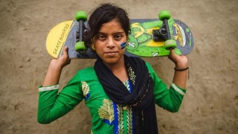 Mädchen_Skateboard.jpg