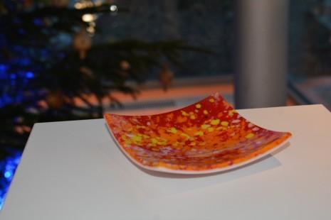 Glasschale rot.JPG