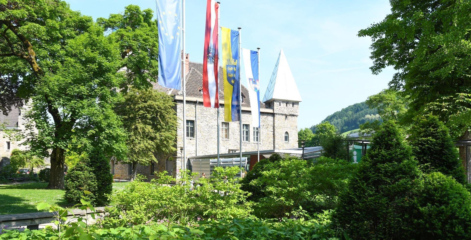 Schlosspark_1.JPG