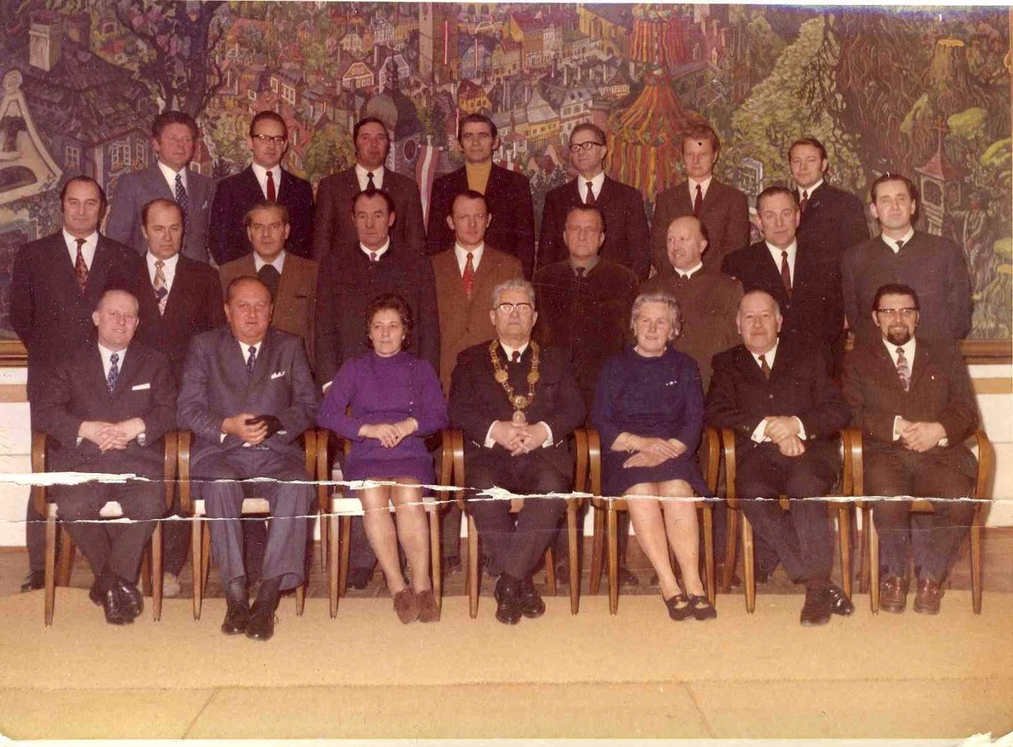 07 Der Waidhofner Gemeinderat vor 1972.jpg