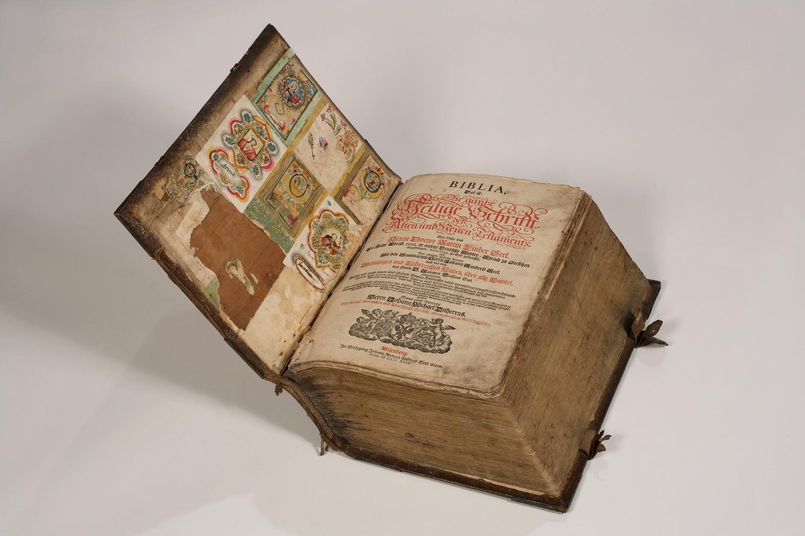 Abb 2 HWY Lutherbibel 1729.jpg